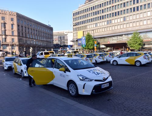 Kovasen uusi FixuTaxi aloitti toimintansa jo tänään – kympin taksikyydit saapuivat pääkaupunkiseudulle